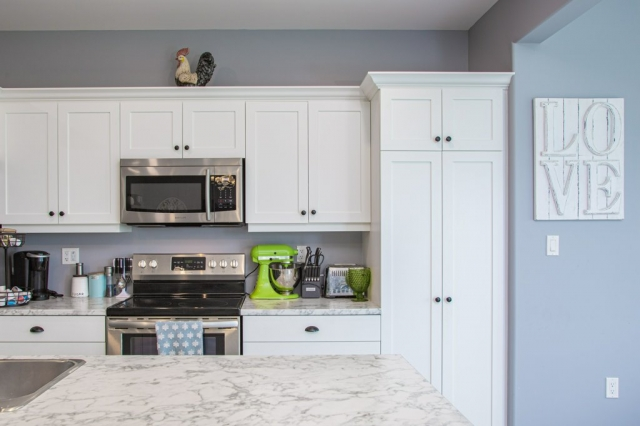 shaker style cabinets